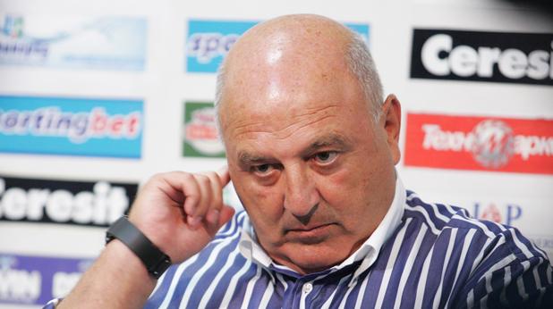 Photo of COVID-19 удари Славия, Венци Стефанов се надява мачът с Ботев да бъде отложен