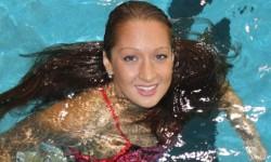 Нина Рангелова отново подобри национален рекорд на световното по плуване