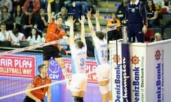 Ники Пенчев и Ресовия загубиха финала в Шампионската лига от Теодор Салпаров и Зенит Казан