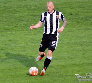 И все пак: Иван Иванов тръгва за Гърция, Локо го продава до утре