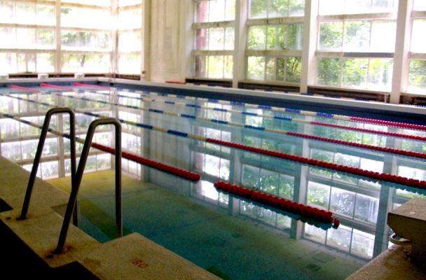 Коледен плувен турнир в Пловдив бележи края на 2016-та