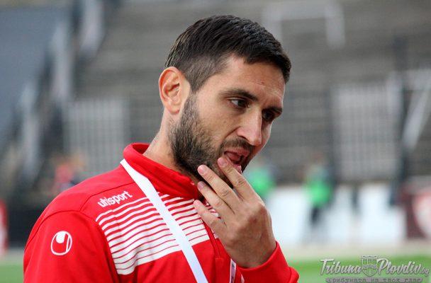 Похвално! Александър Тунчев дари медала си от Купата на България за болно момче!