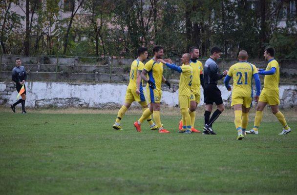 Лимона помогна на Евроколеж за победа срещу тима на Асеновец