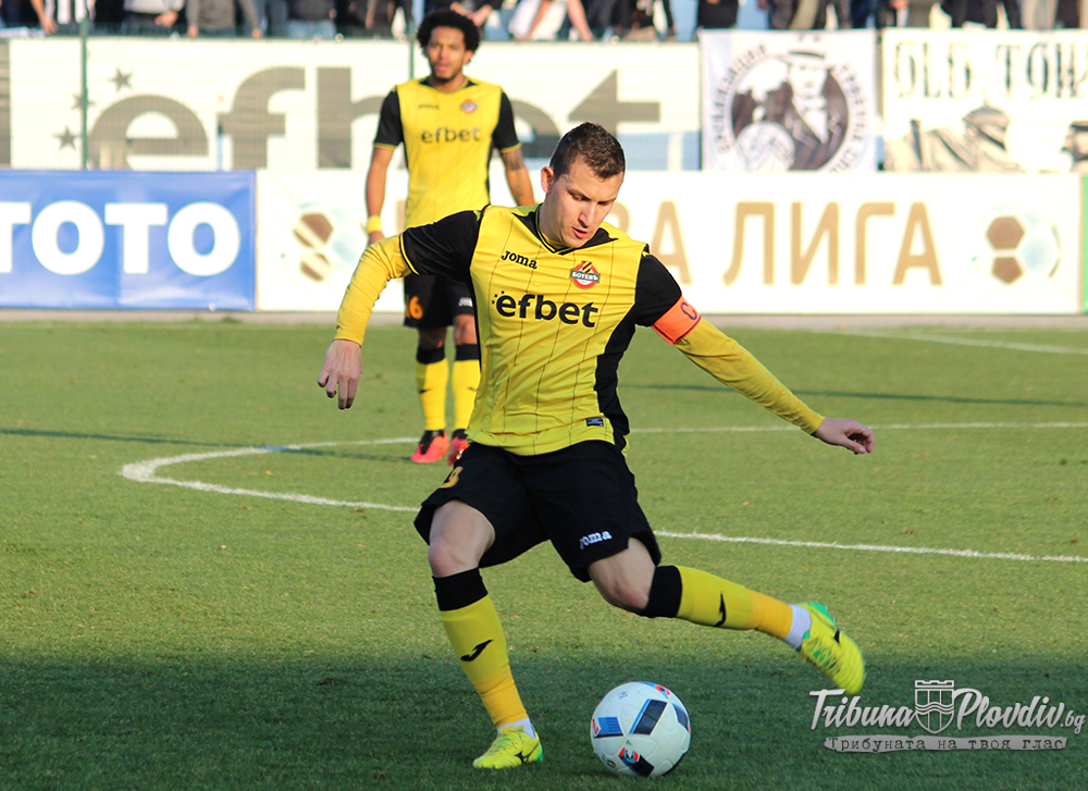 Photo of Неделев: Надявам се да приземим Локомотив, Трабзон се отказаха от офертата