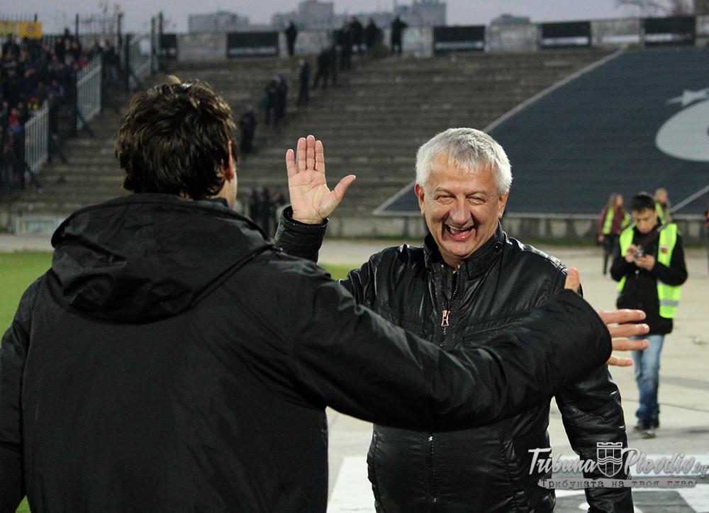 Photo of Крушарски чел конско на отбора след загубата в дербито