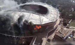 ВИДЕО: Пожар пламна на голям китайски стадион!