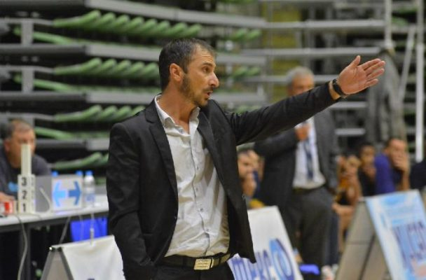 Академик загуби първия полуфинал срещу Балкан