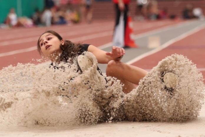 Photo of Алекс Начева с личен рекорд в Румъния