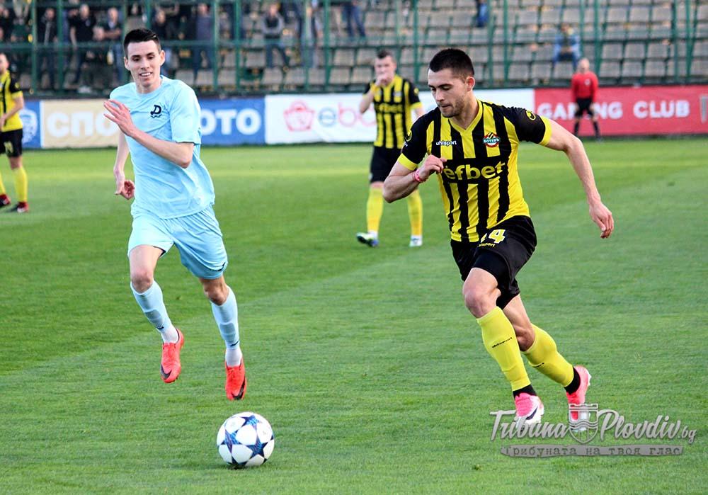 Photo of Бивш футболист на Ботев не се разбра със Славия