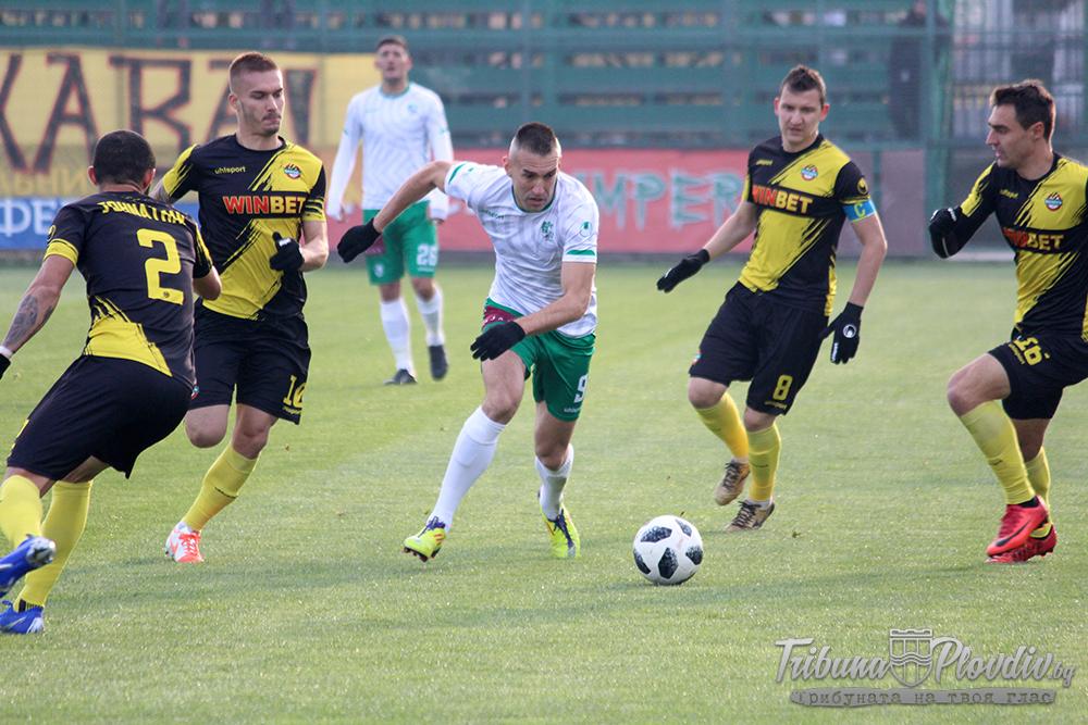 Photo of Стана ясен новият отбор на Мартин Камбуров