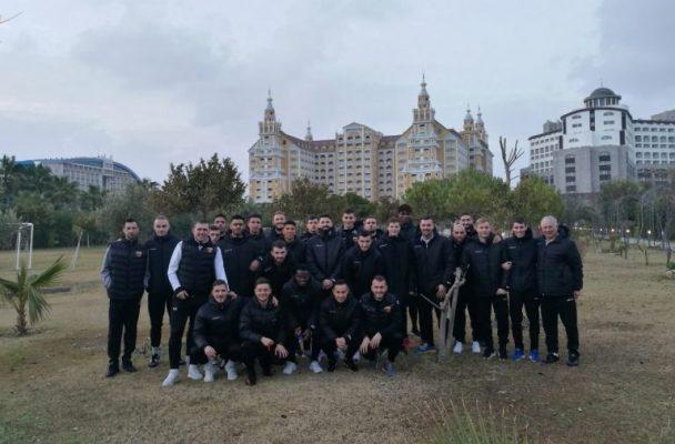 Локомотив ще изиграе последната си контрола утре