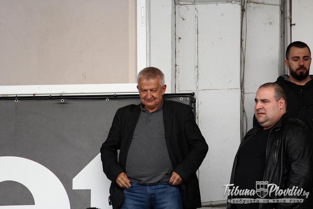 Photo of Крушарски: Видя ли балтия срещу отбора, изкарвам играчите!