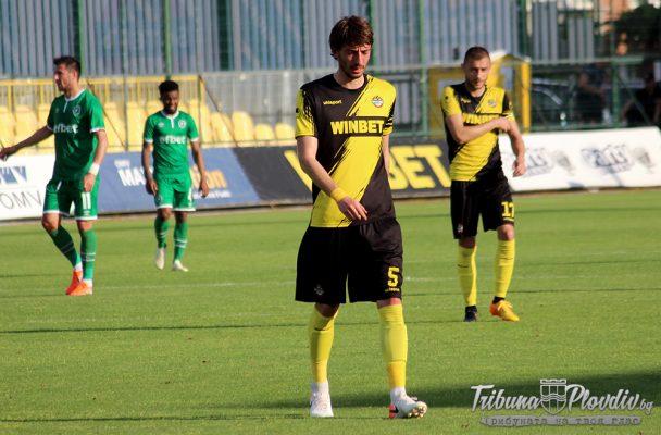 Румънски клуб дава 700 000 евро за бранител на Ботев Пд