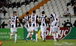 ГЛЕДАЙ: Локо размаза Струмска слава в контрола играна на Лаута, каращ проби с дебютен гол