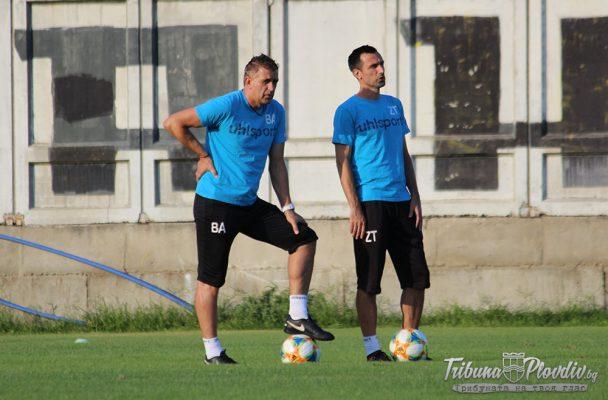 Локомотив ще тренира без Акрапович няколко дни