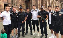 СНИМКА: Играчите на Локомотив Пд на хладна разходка в Страсбург