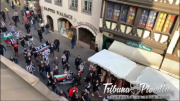 ГЛЕДАЙ: Феновете на Локо Пд с шествие по улиците на Страсбург