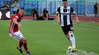 Photo of Официално: Локомотив преподписа с двама основни футболисти