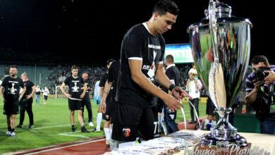 """Photo of СНИМКИ И ВИДЕО: Радостта и награждаването на """"черно-белите"""" след историческата втора поредна Купа на България"""