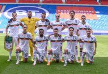Photo of Дерменджиев извика 27 футболисти за решителните битки! Локомотив е с трима представители, а Ботев с един